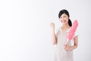 日本人女性の写真素材 [FYI04653292]