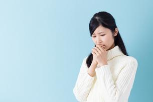 日本人女性の写真素材 [FYI04653783]