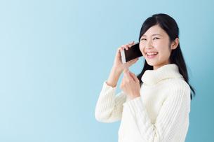 日本人女性の写真素材 [FYI04653803]