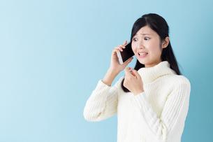 日本人女性の写真素材 [FYI04653804]