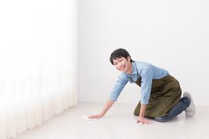 日本人男性の写真素材 [FYI04653870]