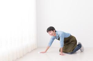 日本人男性の写真素材 [FYI04653873]