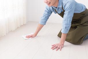 日本人男性の写真素材 [FYI04653874]