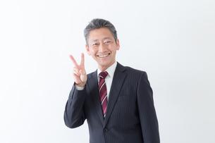 日本人シニアビジネスマンの写真素材 [FYI04654206]