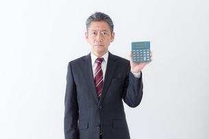 日本人シニアビジネスマンの写真素材 [FYI04654276]