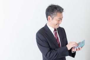 日本人シニアビジネスマンの写真素材 [FYI04654285]