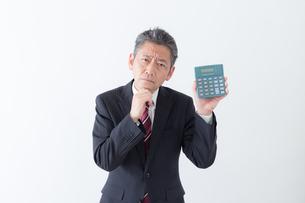 日本人シニアビジネスマンの写真素材 [FYI04654289]