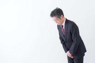 日本人シニアビジネスマンの写真素材 [FYI04654332]