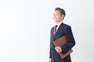 日本人シニアビジネスマンの写真素材 [FYI04654335]