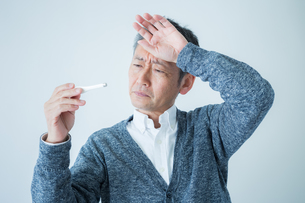 日本人男性シニアの写真素材 [FYI04654603]