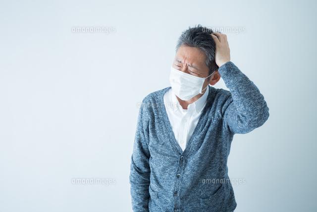 日本人男性シニアの写真素材 [FYI04654650]