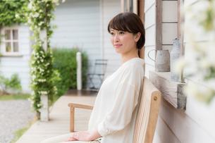 日本人女性の写真素材 [FYI04654846]