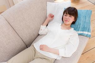 日本人女性の写真素材 [FYI04655054]