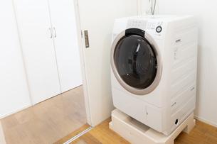 洗濯機の写真素材 [FYI04655473]