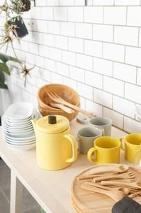 キッチン 食器イメージの写真素材 [FYI04657711]