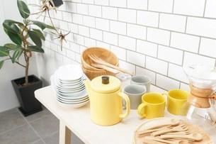 キッチン 食器イメージの写真素材 [FYI04657721]