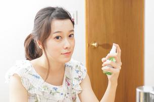 ミスト 化粧品 スキンケアの写真素材 [FYI04657742]