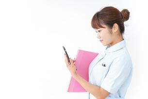 看護師歩くの写真素材 [FYI04658582]