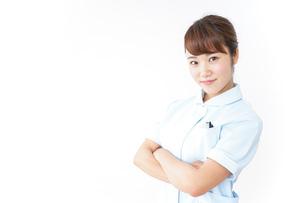 ガッツポーズをする看護師の写真素材 [FYI04658624]