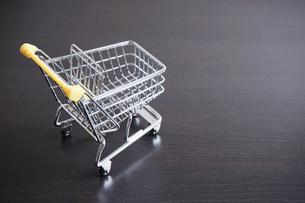 ショッピングカートの写真素材 [FYI04659289]