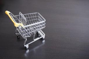 ショッピングカートの写真素材 [FYI04659309]