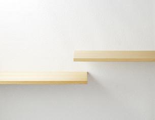 壁に取り付けられる棚の写真素材 [FYI04659682]