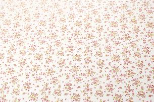 かわいい花柄のテーブルクロス(背景素材)のイラスト素材 [FYI04659738]