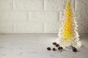 クリスマスツリー クリアツリーの写真素材 [FYI04659863]