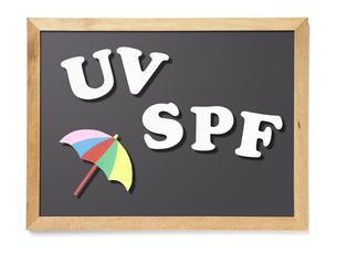 黒板、UV、SPF(バック飛ばし、影イキ)の写真素材 [FYI04659929]
