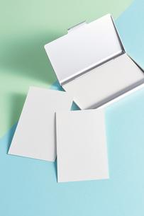 白紙のカード-名刺-メッセージカード-ビジネス-テンプレート-デザインの写真素材 [FYI04660018]