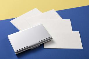 白紙のカード-名刺-メッセージカード-ビジネス-テンプレート-デザインの写真素材 [FYI04660020]