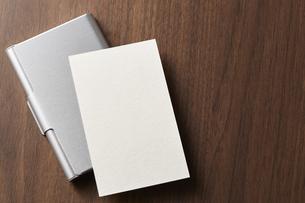 白紙のカード-名刺-メッセージカード-ビジネス-テンプレート-デザインの写真素材 [FYI04660024]