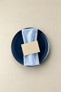 テーブルウェア-セッティング-コーディネート-装飾-メッセージカードの写真素材 [FYI04660136]