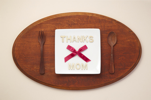 thanks mom-テーブルウェア-カトラリーの写真素材 [FYI04660160]