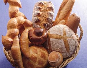 天然酵母のパンの写真素材 [FYI04660904]