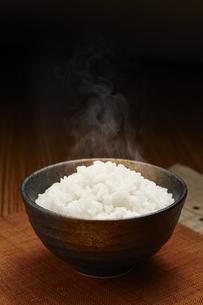 炊きたての白米の写真素材 [FYI04660998]