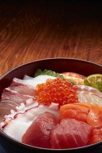 海鮮丼の写真素材 [FYI04661329]