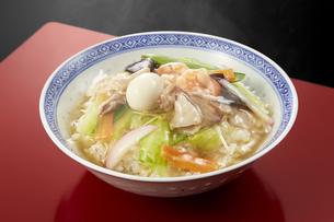 中華丼の写真素材 [FYI04661357]