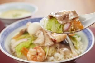 中華丼の写真素材 [FYI04661365]