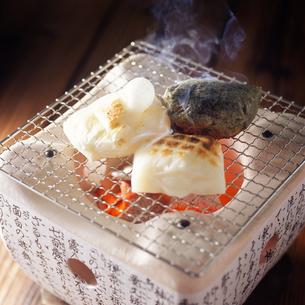 焼き餅の写真素材 [FYI04661618]