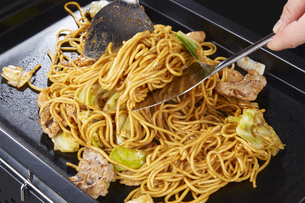 やきそば Yakisoba (stir-fried soba noodles)の写真素材 [FYI04661741]