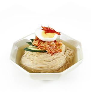 盛岡冷麺の写真素材 [FYI04661742]