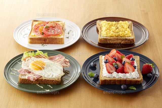オープンサンドイッチ (open sandwich)の写真素材 [FYI04661910]