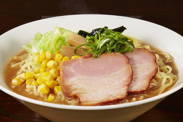 味噌ラーメン Japanese Ramen noodlesの写真素材 [FYI04662048]
