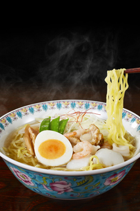 塩ラーメン Japanese Ramen Noodlesの写真素材 [FYI04662049]
