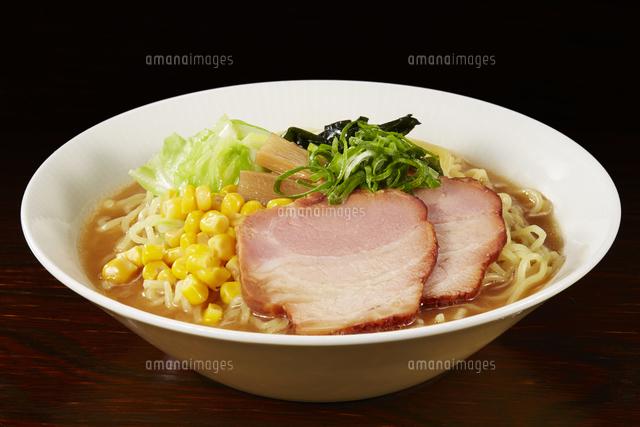 味噌ラーメン Japanese Ramen noodlesの写真素材 [FYI04662051]