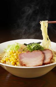味噌ラーメン Japanese Ramen noodlesの写真素材 [FYI04662052]