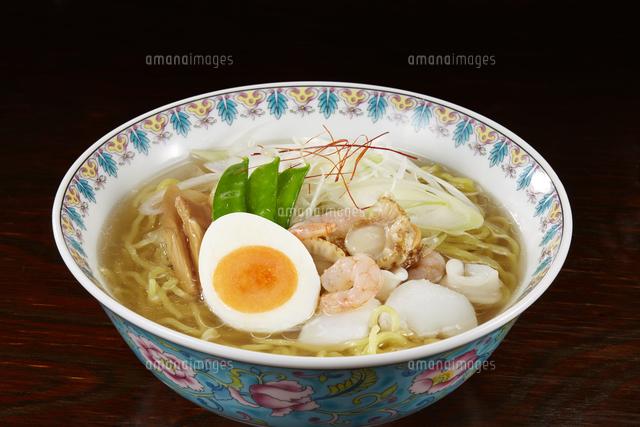塩ラーメン Japanese Ramen Noodlesの写真素材 [FYI04662056]