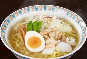 塩ラーメン Japanese Ramen Noodlesの写真素材 [FYI04662066]