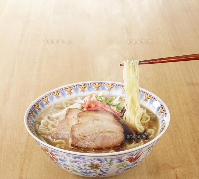 豚骨ラーメン Ramen Japanese Noodlesの写真素材 [FYI04662084]